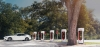 '얌체족' 때문에 주차장으로 변해버린 테슬라 충전소