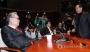 새누리당 서청원 의원이 10일 오후 국회에서 열린 의원총회에 참석 공개발언을 통해 인명진 비상대책위원장의 탈당 요구에 거세게 반발한 후 인 위원장 옆을 지나치고 있다. 2017.1.10