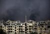 공습과 교전에 파괴된 'IS 수도' 락까
